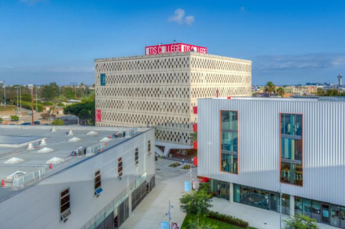 Otis College of Art and Design (OTIS)